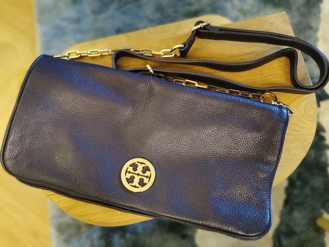 Pia Wurtzbach's Tory Burch Large Leather Clutch Bag
