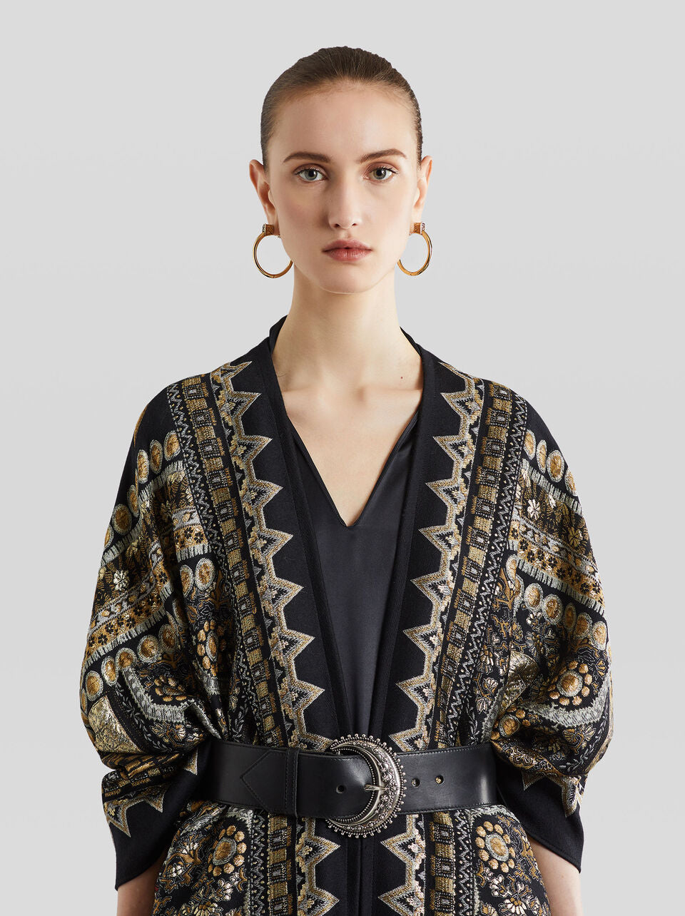ETRO BLACK & GOLD CAPE