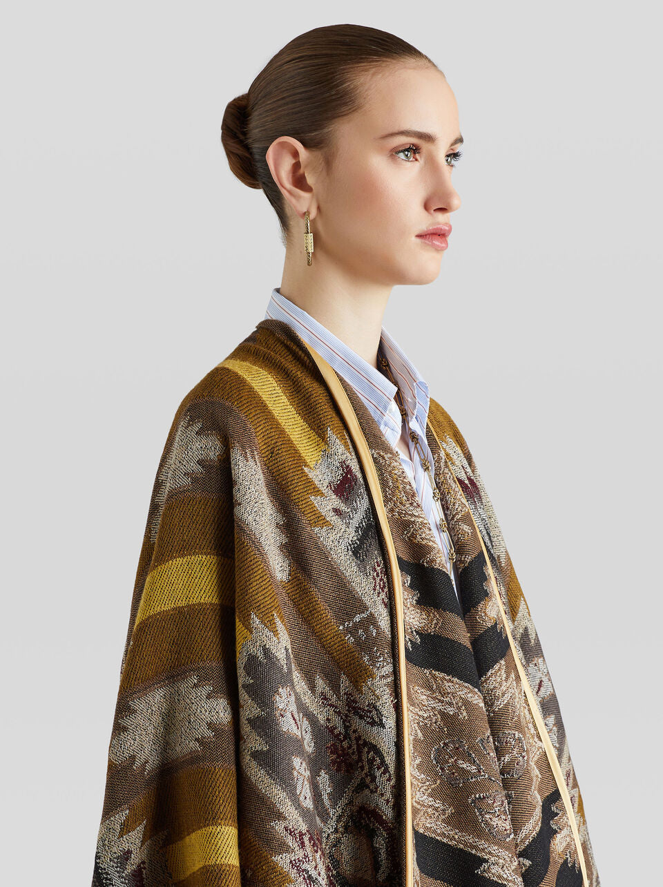 ETRO FOLK-INSPIRED WOOL CAPE