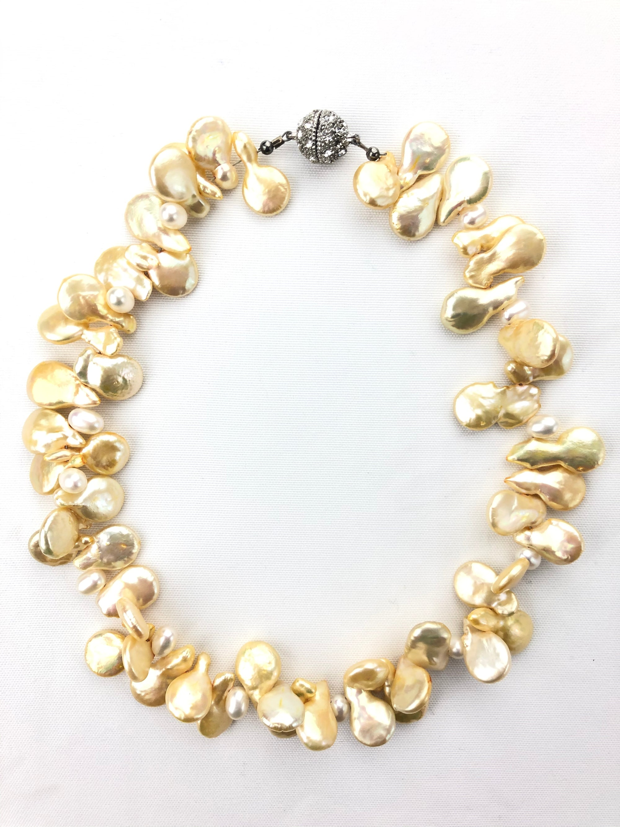 BUTTON DOWN CHAMPAGNE FRESHWATER PEARL NECKLACE
