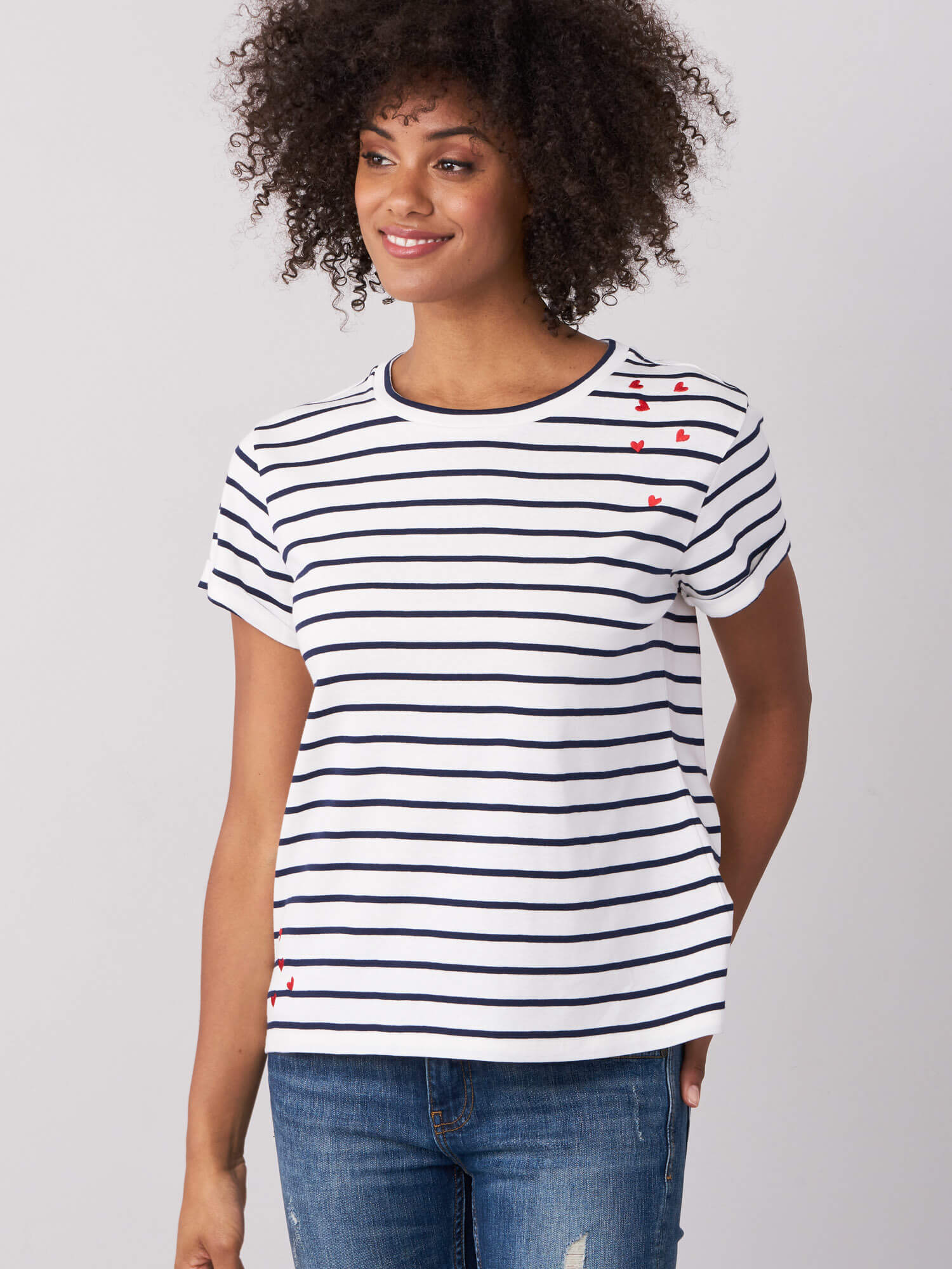 STRIPED T-SHIRT WITH EMBROIDERED HEARTS (4588784156749)