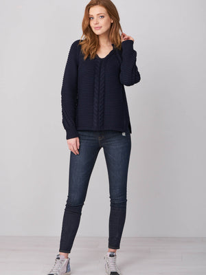 CHUNKY CABLE KNIT SWEATER (4588686049357)