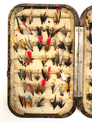 BUTTON DOWN NERODA VINTAGE FLY BOX WITH HAND-TIED LURES