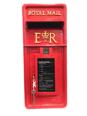 BRITISH ROYAL MAIL RED POST BOX