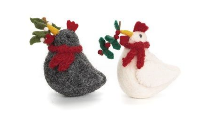AMICA FELT CHRISTMAS CHICKENS WITH MISTLETOE & HOLLY