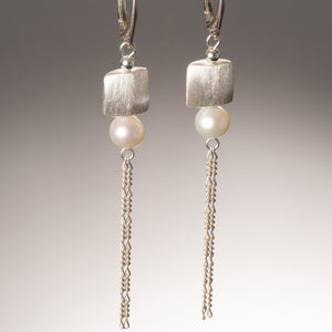 babette swinger earring