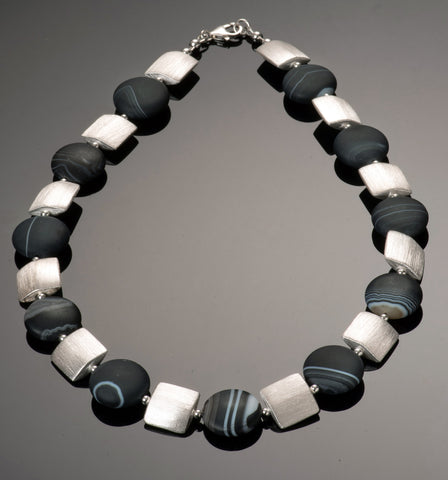 matte banded agate necklace