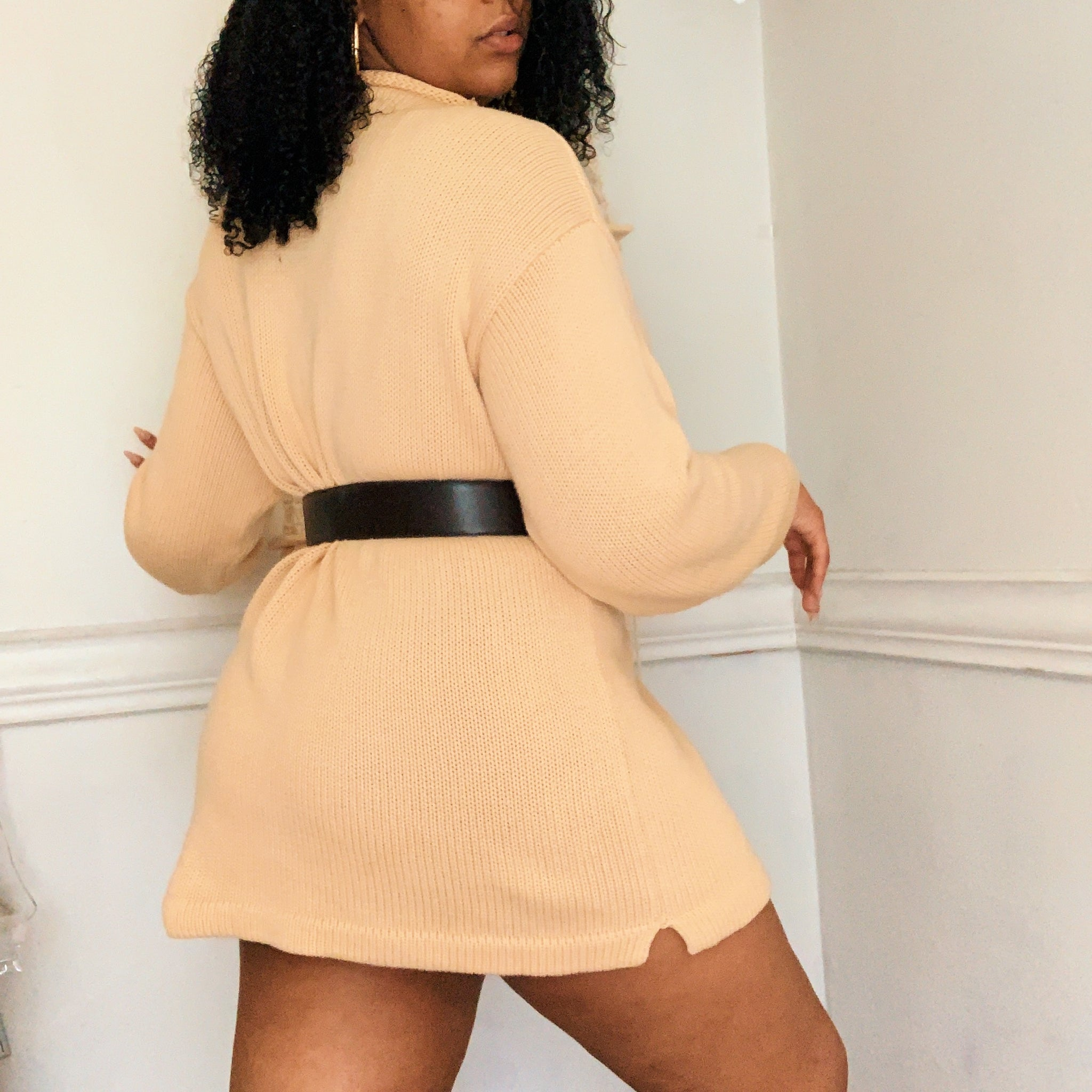'Jazlynn' Oversized Turtleneck Sweater (One Size) - Shop Vanilla Vintage