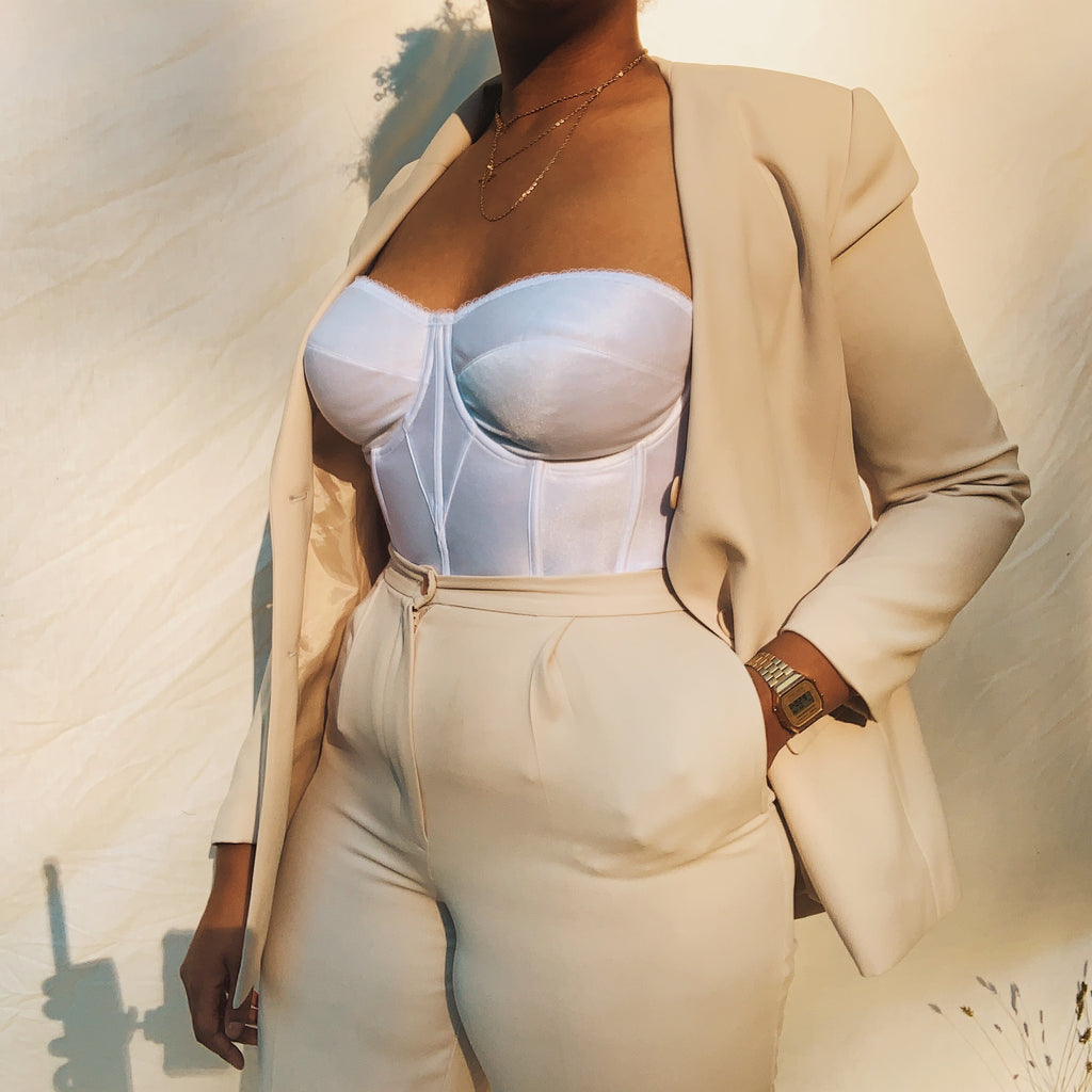 'Darla' Beige Two-Piece High-Waisted PantSuit (L/12) - Shop Vanilla Vintage