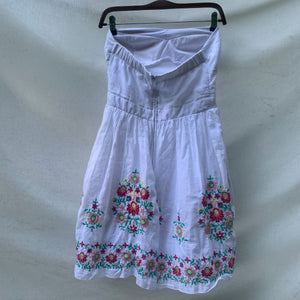 'Shelly' Floral Embroidered Strapless Dress (S/M) - Shop Vanilla Vintage