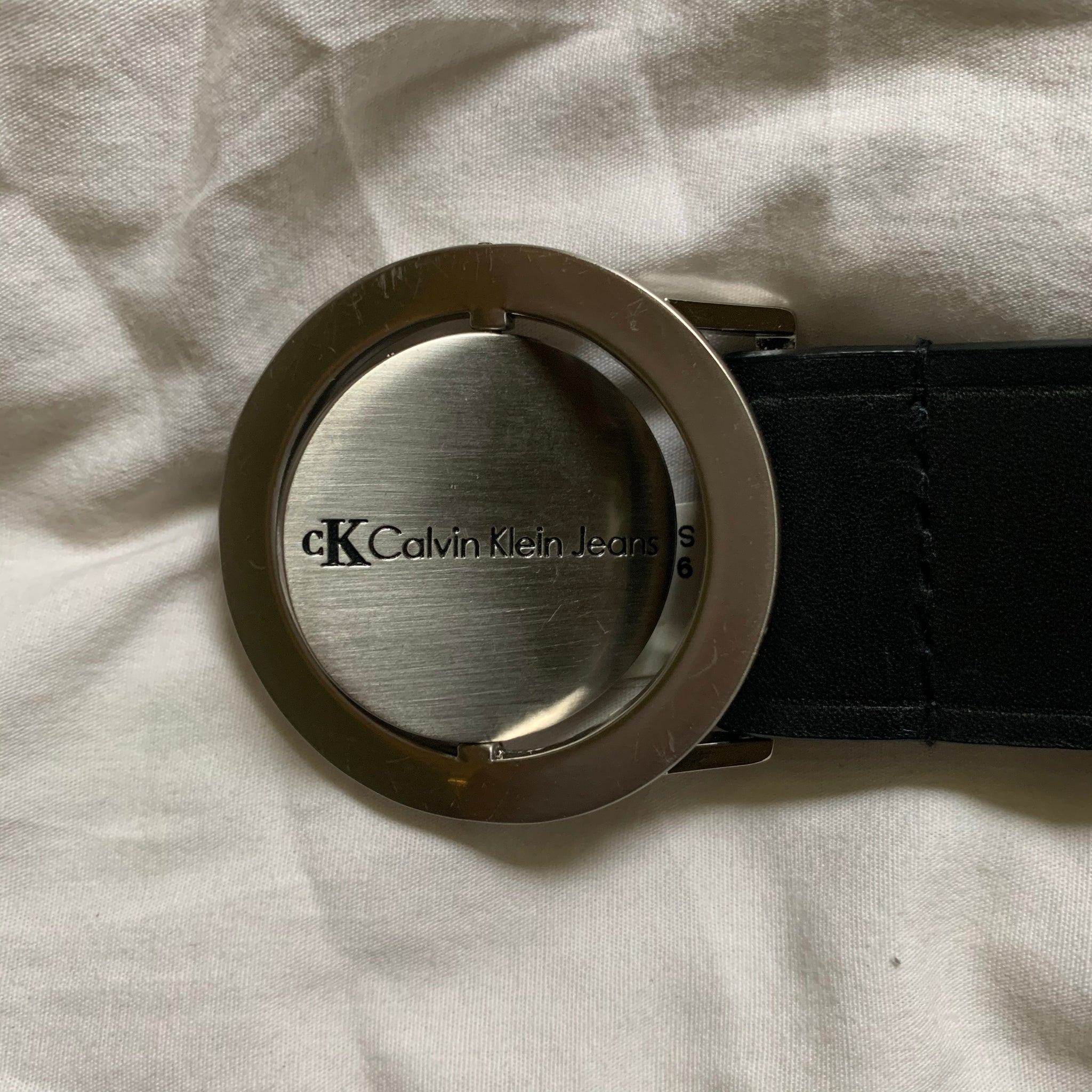 Rotating 2-in-1 Calvin Klein Logo Belt (S/M) - Shop Vanilla Vintage