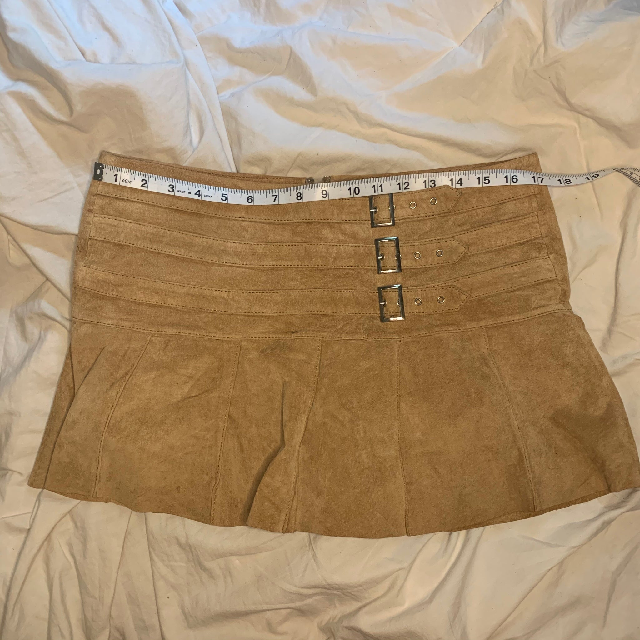 'Gia' Suede Buckle Pleated Mini Skirt (M) - Shop Vanilla Vintage