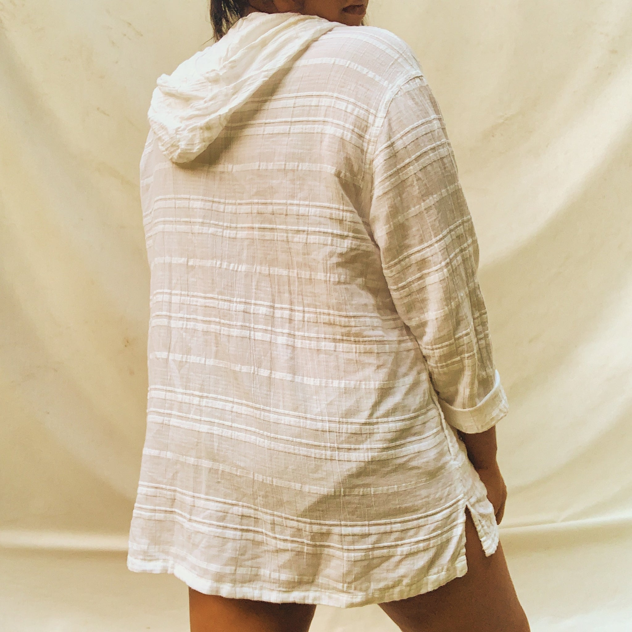 'Brooke' Oversized White Textured Button-Down (L) - Shop Vanilla Vintage