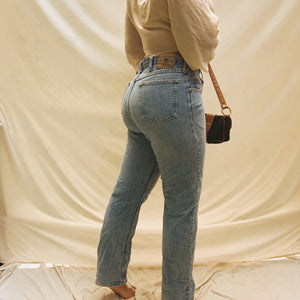 Vintage Wrangler Light Wash High-Waisted Jeans (L/XL)