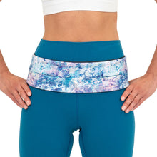 Load image into Gallery viewer, FlipBelt Classic Running Belt