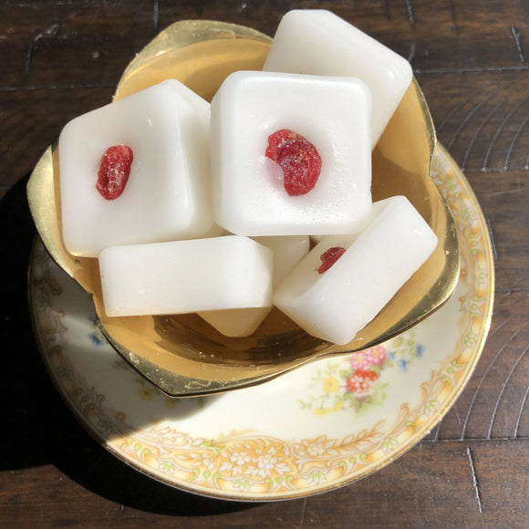 CRANBERRY PEPPERMINT soy wax melt