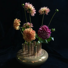 Load image into Gallery viewer, Goldane Gol No.9 - flower holder