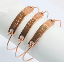 Load image into Gallery viewer, Handmade Copper Bar Inspirational Words Bangle Bracelet