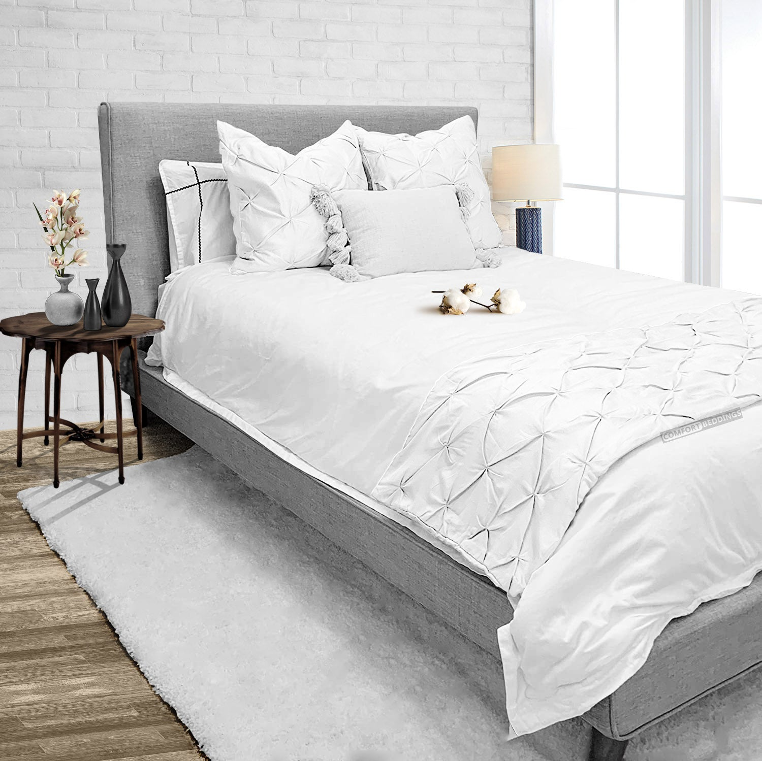 Luxury White Pinch Bed Runner Set