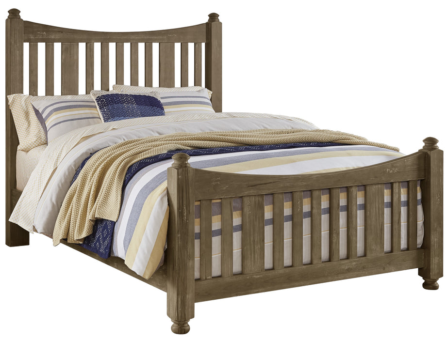 Maple Road Weathered Gray Queen Slat Poster Bed with Slat Poster Footboard