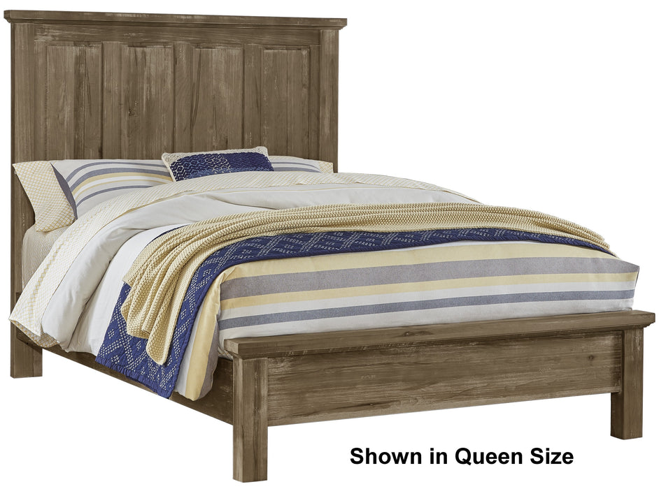 Maple Road Weathered Gray Queen Mansion Bed with Low Profile Footboard