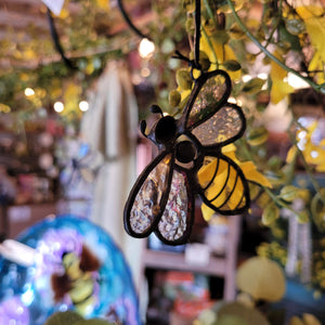 Sending colorful rays of sunlight throughout your home, these beautiful Bumble Bee Sun Catchers would make a wonderful gift for friends, family, or coworkers.