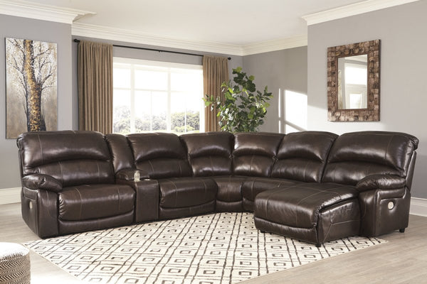 Ashley U524 Hallstrung Sectional