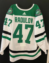 Load image into Gallery viewer, ALEXANDER RADULOV 18/19 GAME WORN AWAY JERSEY SET 3 - 4