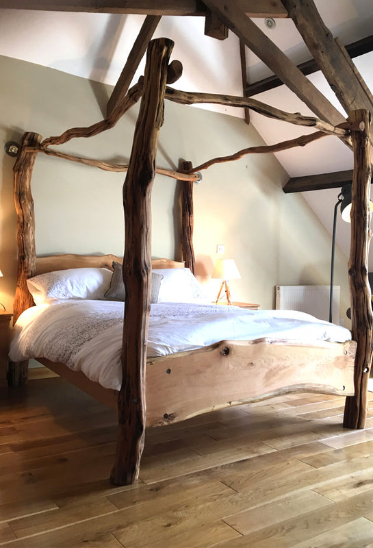oak four poster bed