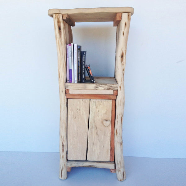 driftwood bed side table 01