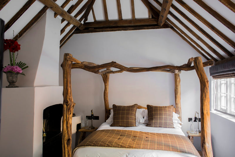oak-four-poster-bed