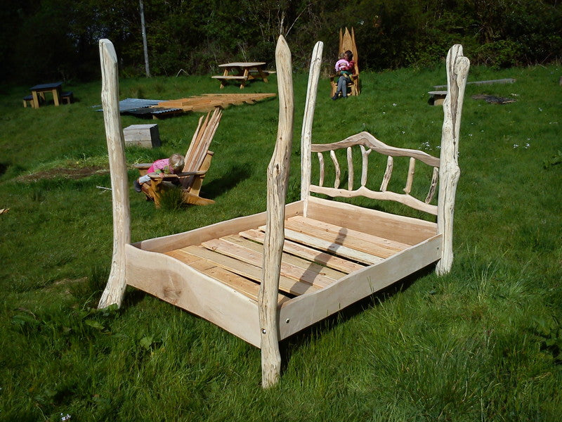 driftwood four poster bed 02