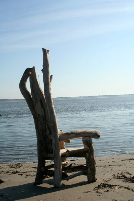 driftwood storytellers chair 04