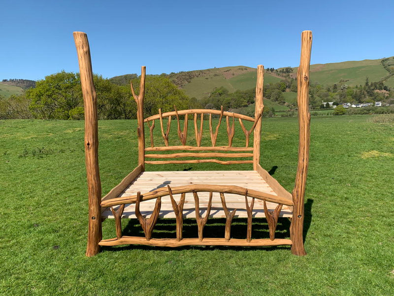 Super King Oak Four Poster Bed Special