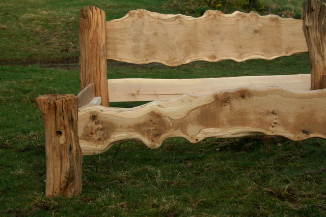 Wany Edge Oak Bed