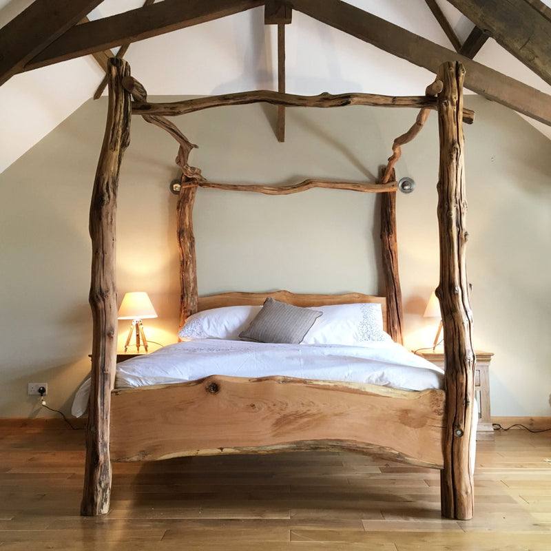 solid-oak-four-poster-bed