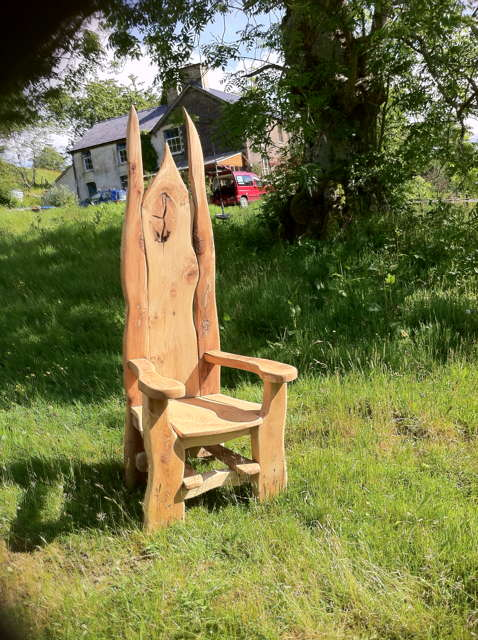 story chair 03
