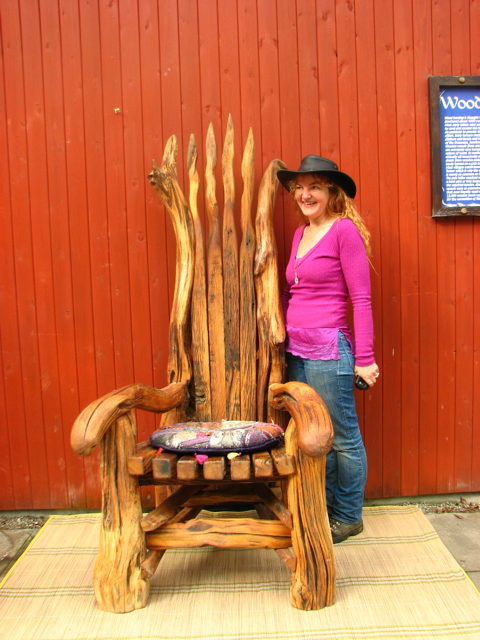 Lizzi with storytellers chair