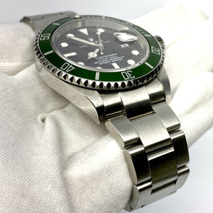Rolex Submariner 16610LV Kermit - The Watch Lounge