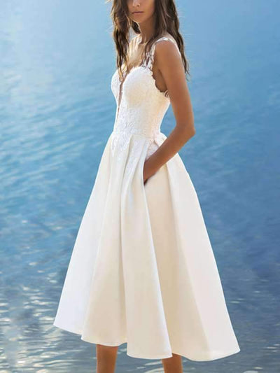 Elegant v-neck halter white evening dress