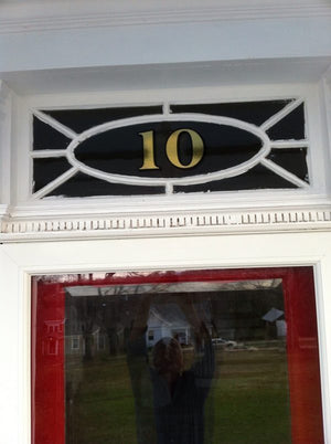 Historically accurate transom house numbers in 22K gold by House Number Lab