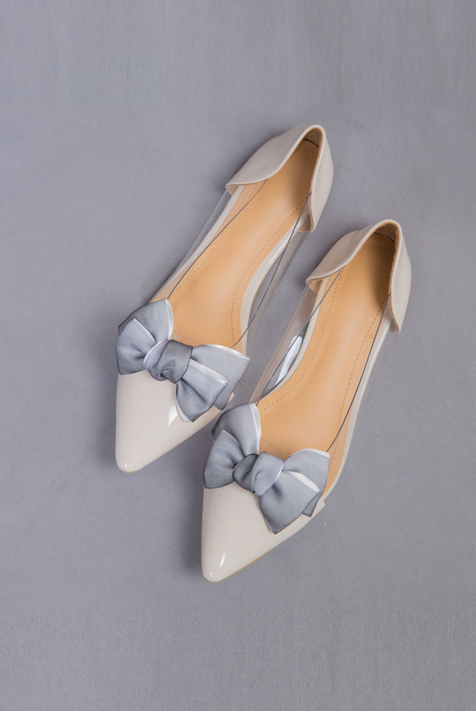 Contrast bow flats