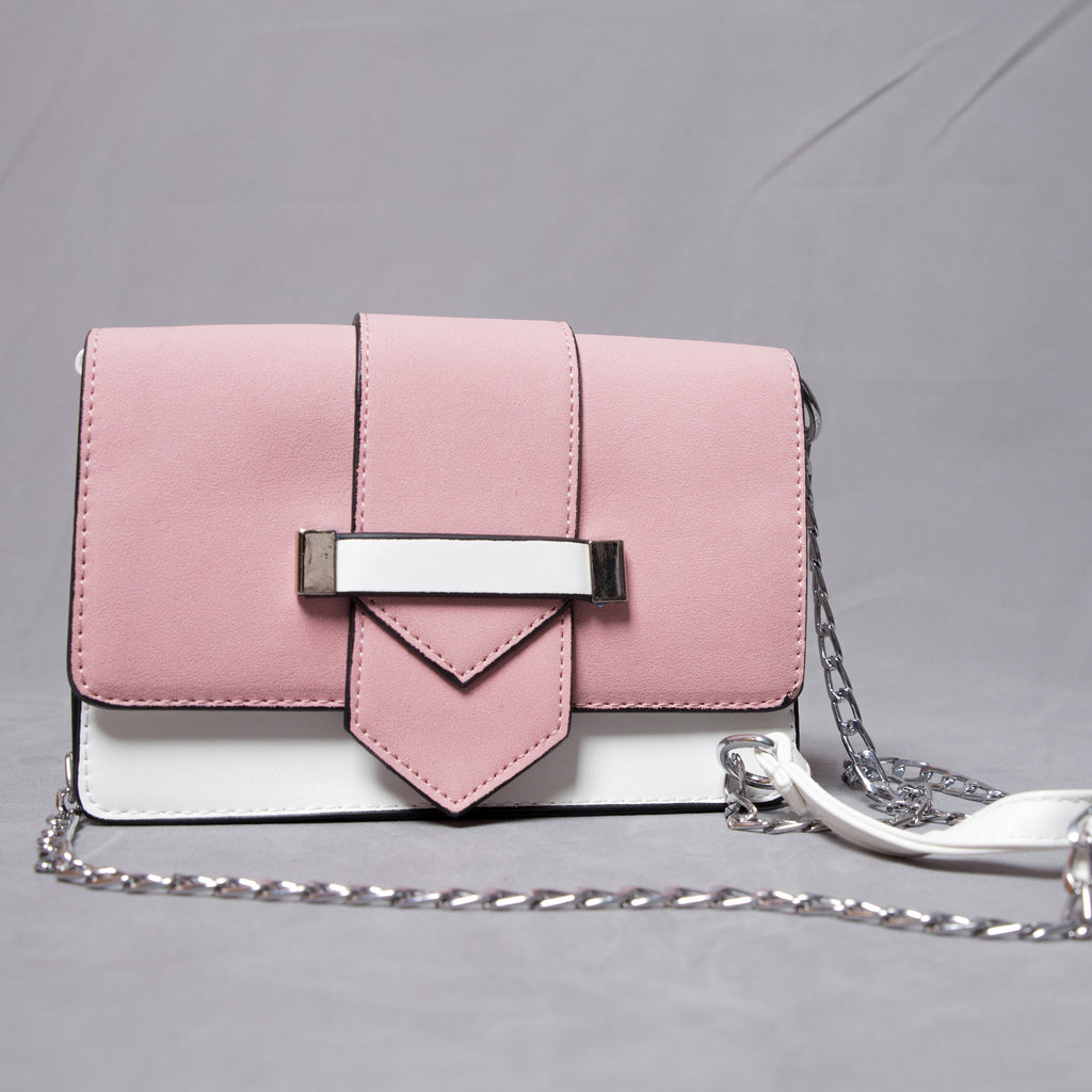 Contrast bag with front clasp