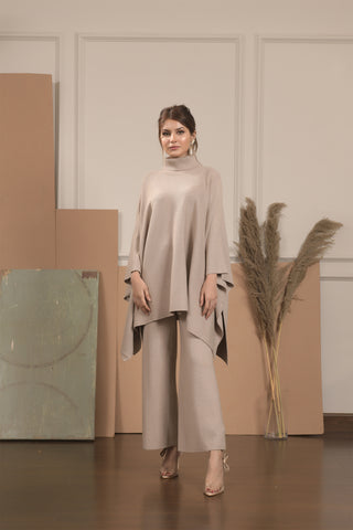 Lily Knitted Beige Cape Separates