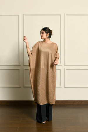 Beige pleated kaftan