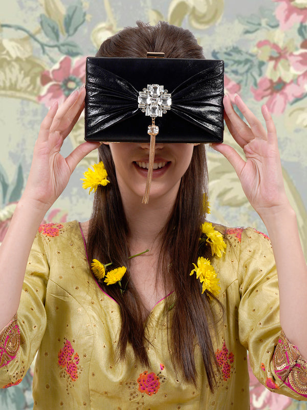 Black leatherette appealing clutch