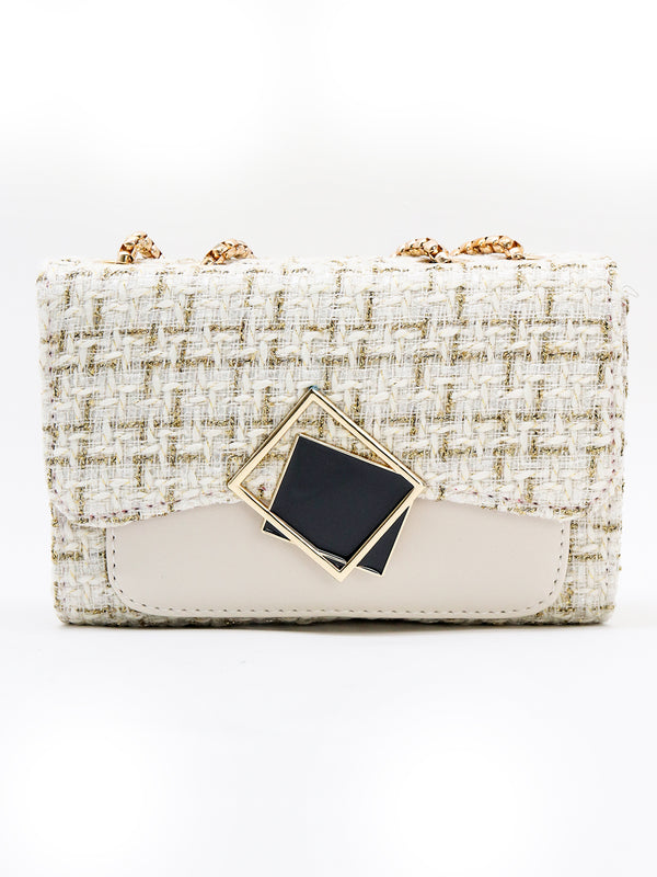 White beautiful twined handbag