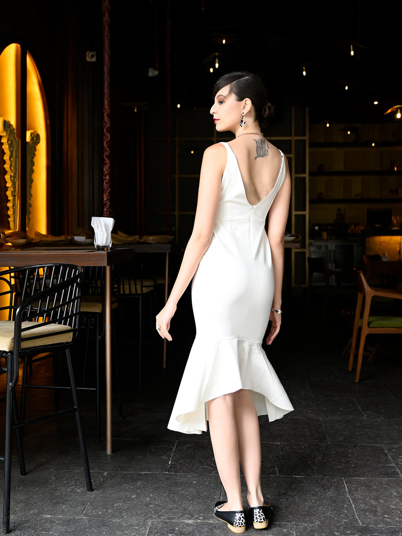 Slim Cut White Trendy Sleeveless Summer Peplum Dress