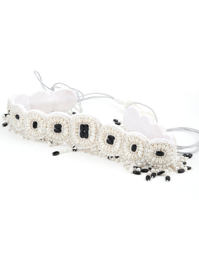 White And Black Pearl Beads Velvet Base Belt