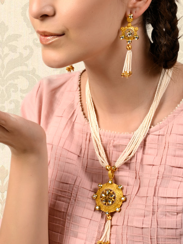 Gold Tone String Necklace Set with Pearls and Kundan